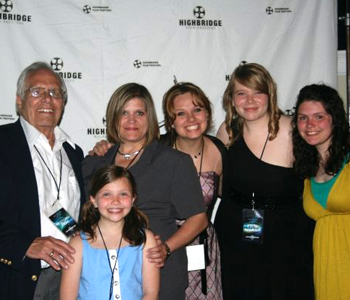 "Kendra White and Audra Buckel with members of the ""Knot Yet"" cast."