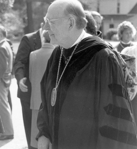 Dr. Dennis Kinlaw wearing robes