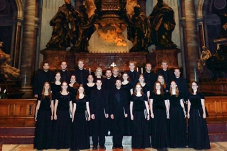 Asbury University Chorale group photo in St. Peter's Basilica in Rome, Italy
